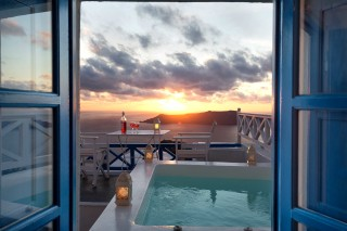 santorini_jacuzzi_apartment-10