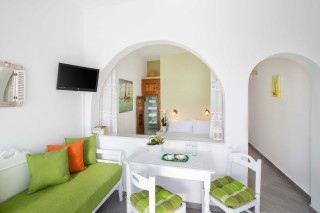 santorini_supeiror_apartment-1