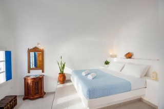 Suite with outdoor jetted tub and caldera view annio the room